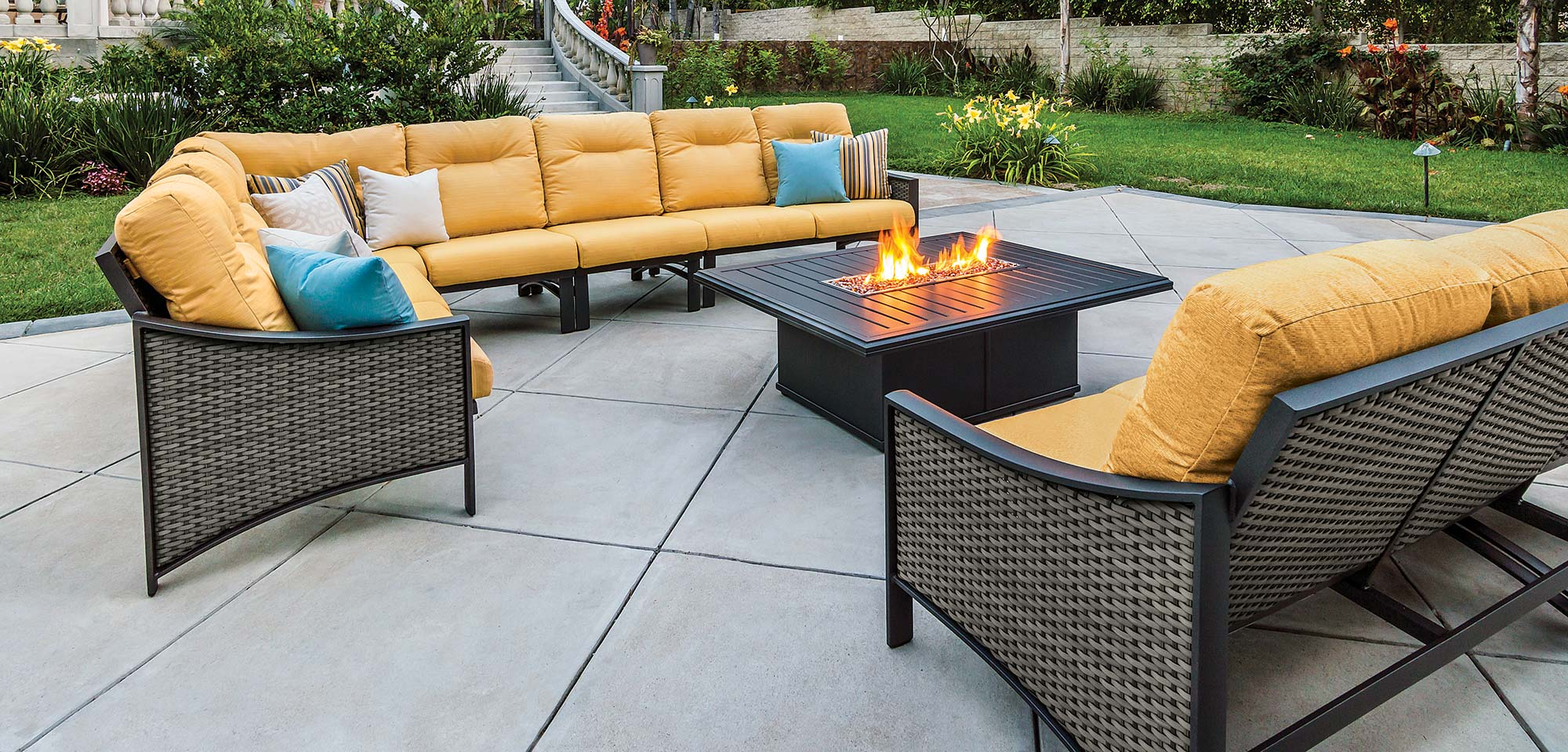 Patio furniture outdoor patio furniture sets for Outdoor patio couch set