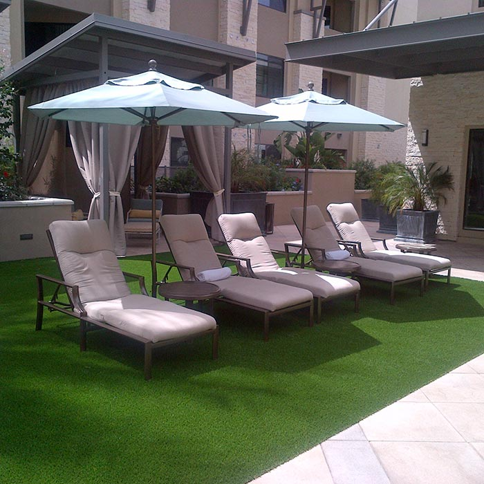 Patio Furniture For Apartments: Broadstone Lincoln Luxury Apartments
